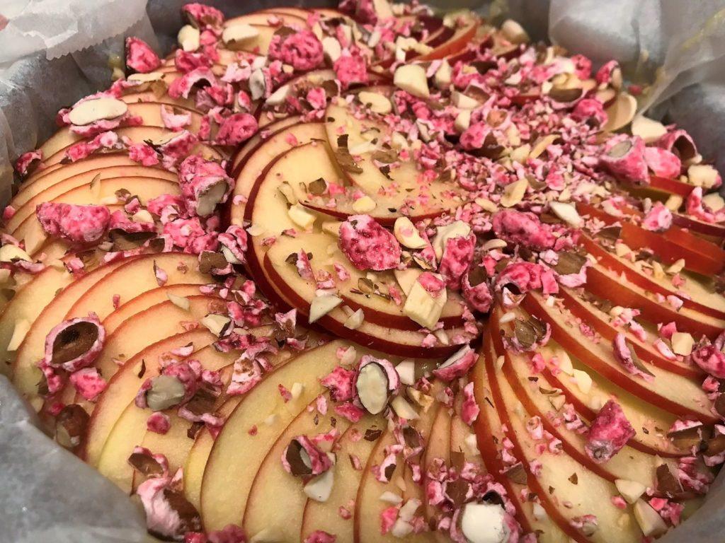 Apfelkuchen mit Pralines roses von Lyon