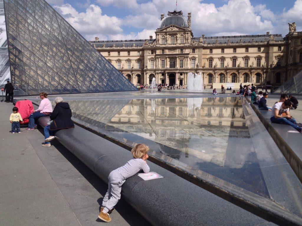 Louvre Paris mit Kindern