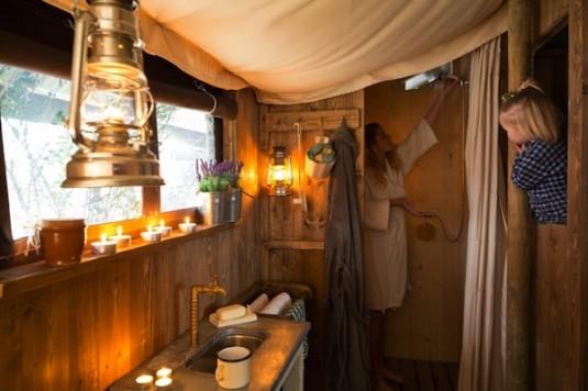 Wiesenbett- Un-lit-au-pre-Boerenbed-Lorraine-Noble-Tente