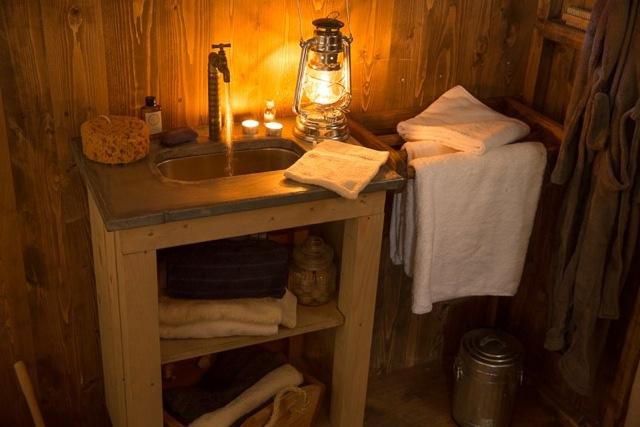 Wiesenbett Un-lit-au-pré-Lorraine-Noble-Tente