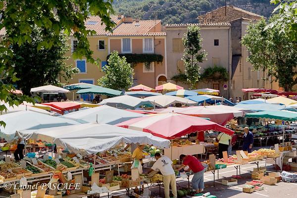 Drôme Tipps Nyons Markt