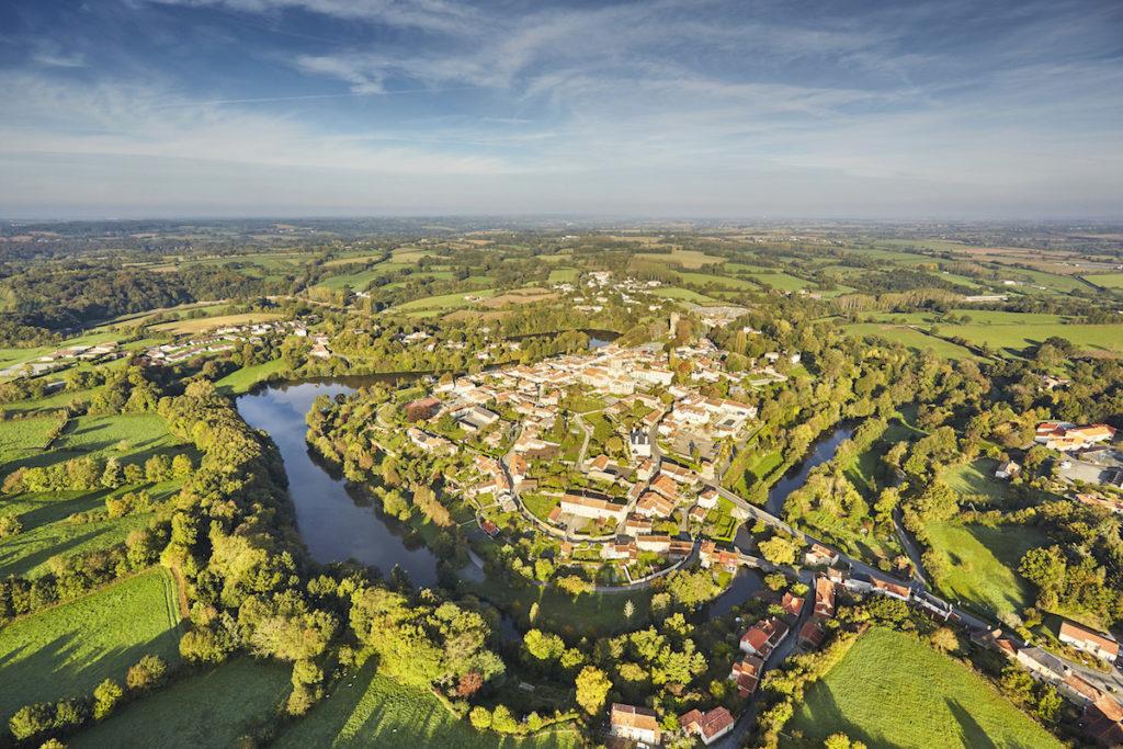 Vouvant Luftaufnahmen von der Vendée