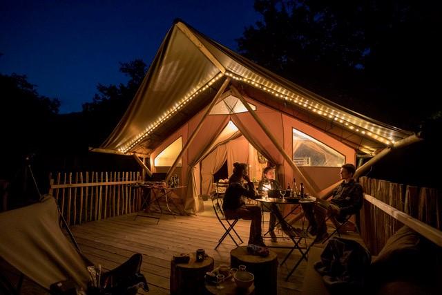 Huttopia Millau Frankreich Camping sTERNE