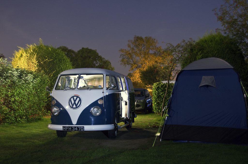 Sterne beobachten auf dem Campingplatz