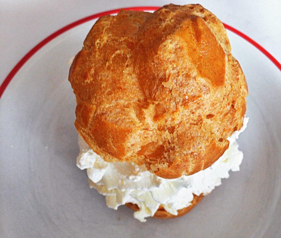 Bouillon Pigalle Chou à la crème Paris