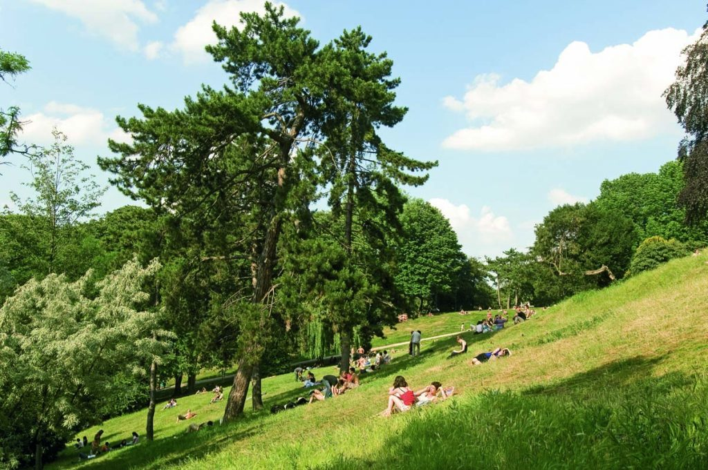 Picknickplätze in Paris Buttes Chaumont