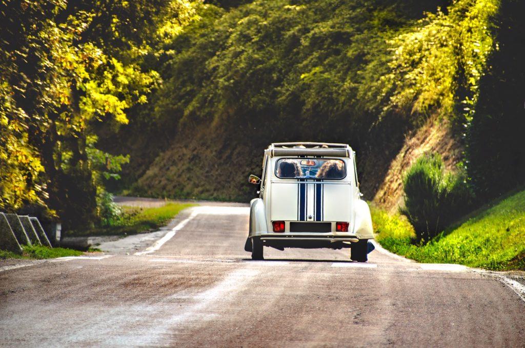 Vintage Car Deux Chevaux Frankreich