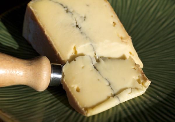 Morbier französischer Käse