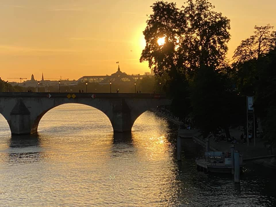 Paris Sunset grand Palais Seine