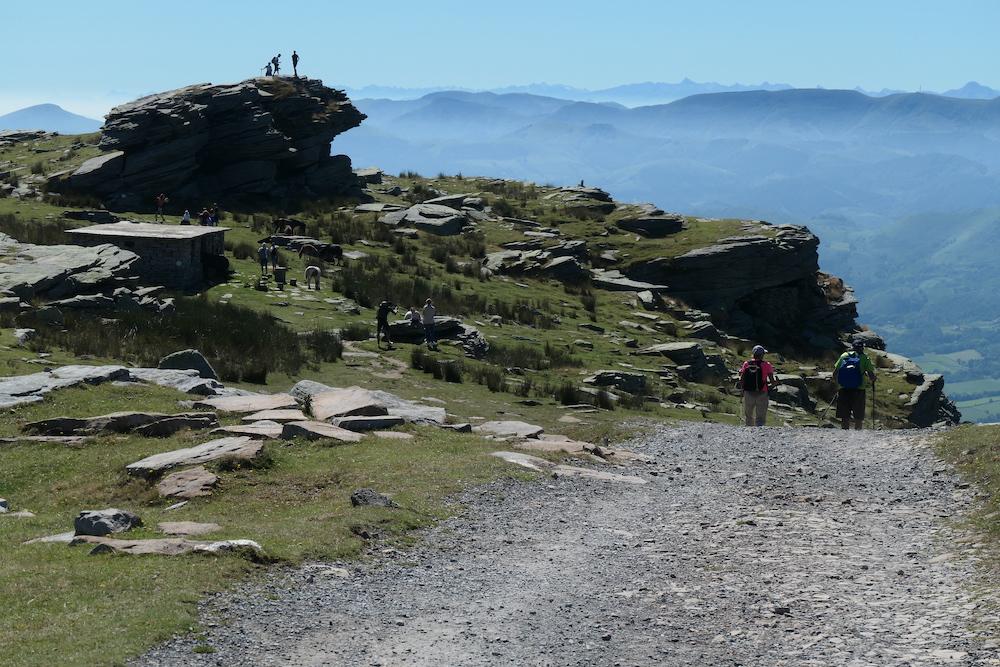 Aussicht auf der Bergspitze La Rhune