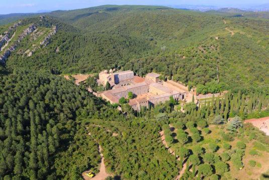 Top 5 Naturschönheiten rund um Narbonne abbaye Fontfroide