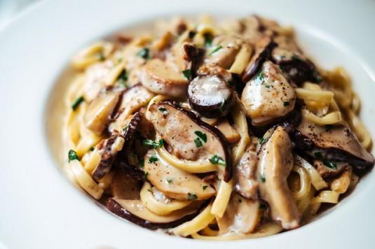 Pasta mit Pilzen und Trüffel