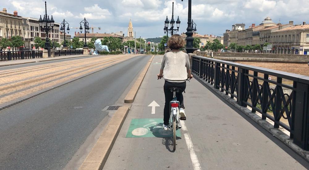 Radfahren durch Bordeaux