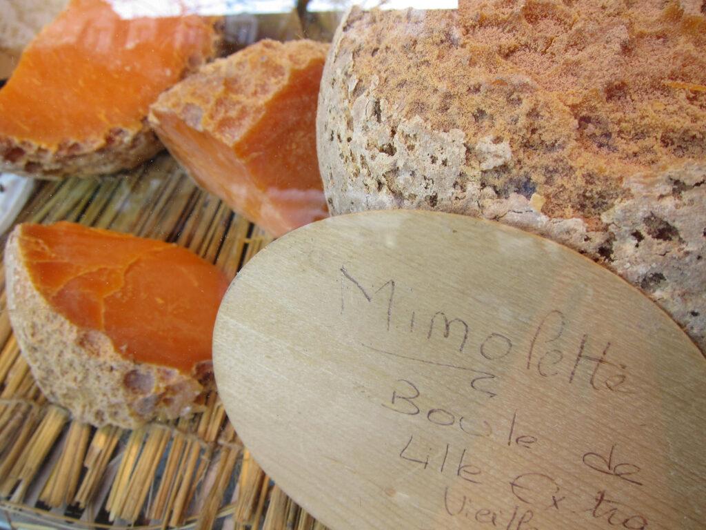 Mimolette Boule de Lille Käse aus Nordfrankreich
