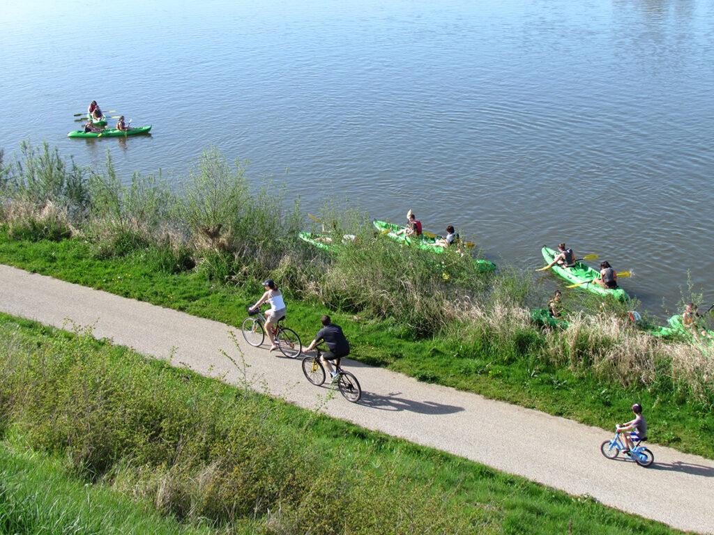 Radfahren entlang der Loire